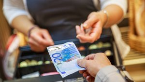 What Visa and Mastercard don't want you to know about cash