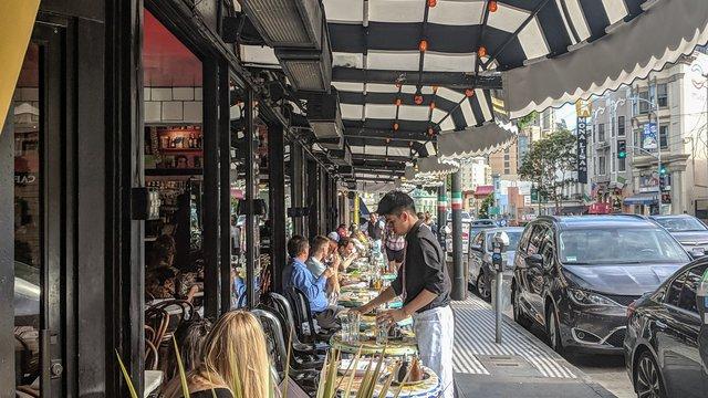 San Francisco Board of Supervisors passes ban on cashless retail