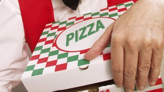 5 pizza box brand benefits worth opening up to