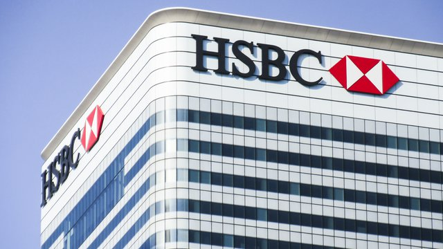 HSBC Targets Revamp with 15% Staff Cuts, $7.3 Billion Charge