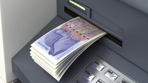 UK's Link launches 'free ATM' fund