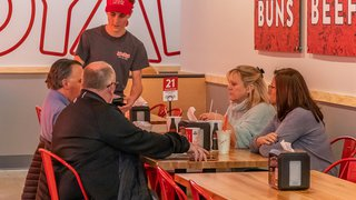Mooyah unveils new look in Alabama
