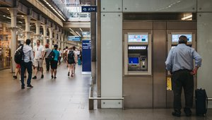 Cash use plummets across UK