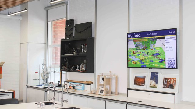Australian school deploys Carousel digital signage
