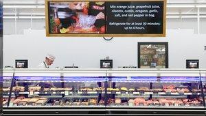LG deploys digital signage at 125 Fareway Stores