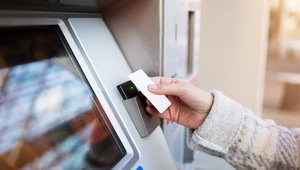 Why credit card acceptance actually spurs cash use at vending machines