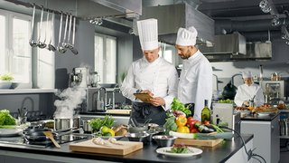 7 Ways Digital Tools Help Improve Your Restaurant's Back-of-House