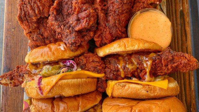 Dave's Hot Chicken signe un deuxième accord de 10 unités