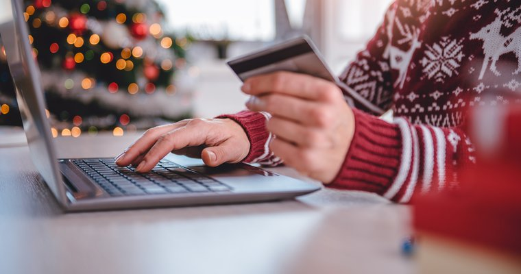 Holiday mobile shopping projected to hit $314 billion
