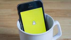 5 ways to snap up pizzeria customer engagement with Snapchat