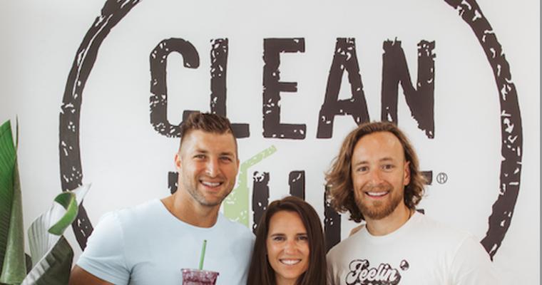 Clean Juice menunjuk Tim Tebow NFL sebagai duta merek